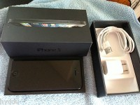 For Sale : Apple iPhone 5 16GB / 32GB / 64GB