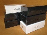 Brand New Apple iPhone 5 64GB Unlocked+ Samsung Galaxy s4 32GB