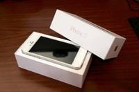 Apple iPhone 5 (Latest Model) – 64GB – White & Silver (Unlocked)