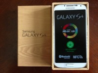 Samsung Galaxy S 4 Avaialable======$440USD