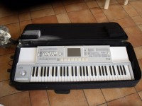 FOR SALE korg pa2xpro 76-key arranger keyboard………..$700