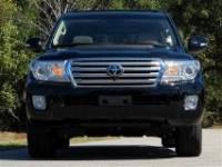 Urgent Selling 2013 Toyota Land Cruiser 4DR 4WD CAR