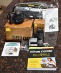 Nikon d5200 full kit ONLY 1500 AED Call 0555461506
