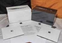 WTS:APPLE IPHONE 5 64GB.BlackBerry Porsche P'9981 . $550 BlackBerry TK (178)
