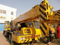 Truck cranes TadanoTG350E