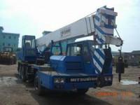 Truck cranes Tadano TG250E
