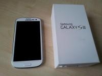 Sale :- Samsung Galaxy S4 / BlackBerry Z10 / Apple iPhone 5 / Nokia PerView 808