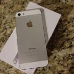 Brand New: Apple iPhone 5 64GB, BB Z10, Samsung Galaxy S4