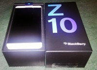 IPhone 5 64GB / Blackberry Z10 / Samsung GT-I9500 Galaxy S 4 16GB / Ipad 3 HD Wi-Fi + 4G 64gb