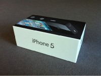 We sell Apple Iphones and Samsung Galaxy (BBM): 27ACD052