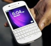 Newly Launched Blackberry Q10 & BB Z10 With BB porsche P9981 Gold design
