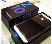 Sales of the new Samsung Galaxy S4,Apple, iPhone 5 64GB,Blackberry Z10