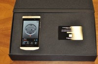 للبيع: BB Porsche 24ct Gold, Blackberry porsche p'9982 BBM CHAT 24HRS: 278D70DC
