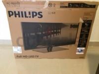 Philips 38′ TV Cracked Screen